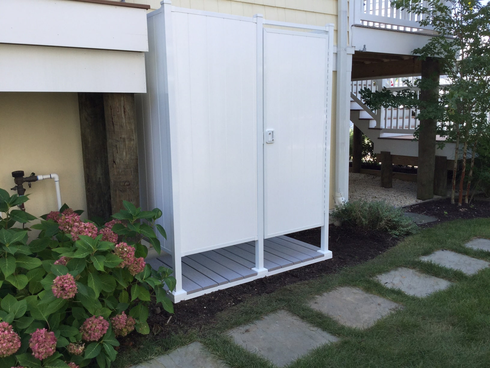 Outdoor Shower Kits: Double Shower Stall - OutdoorShowers.net ...